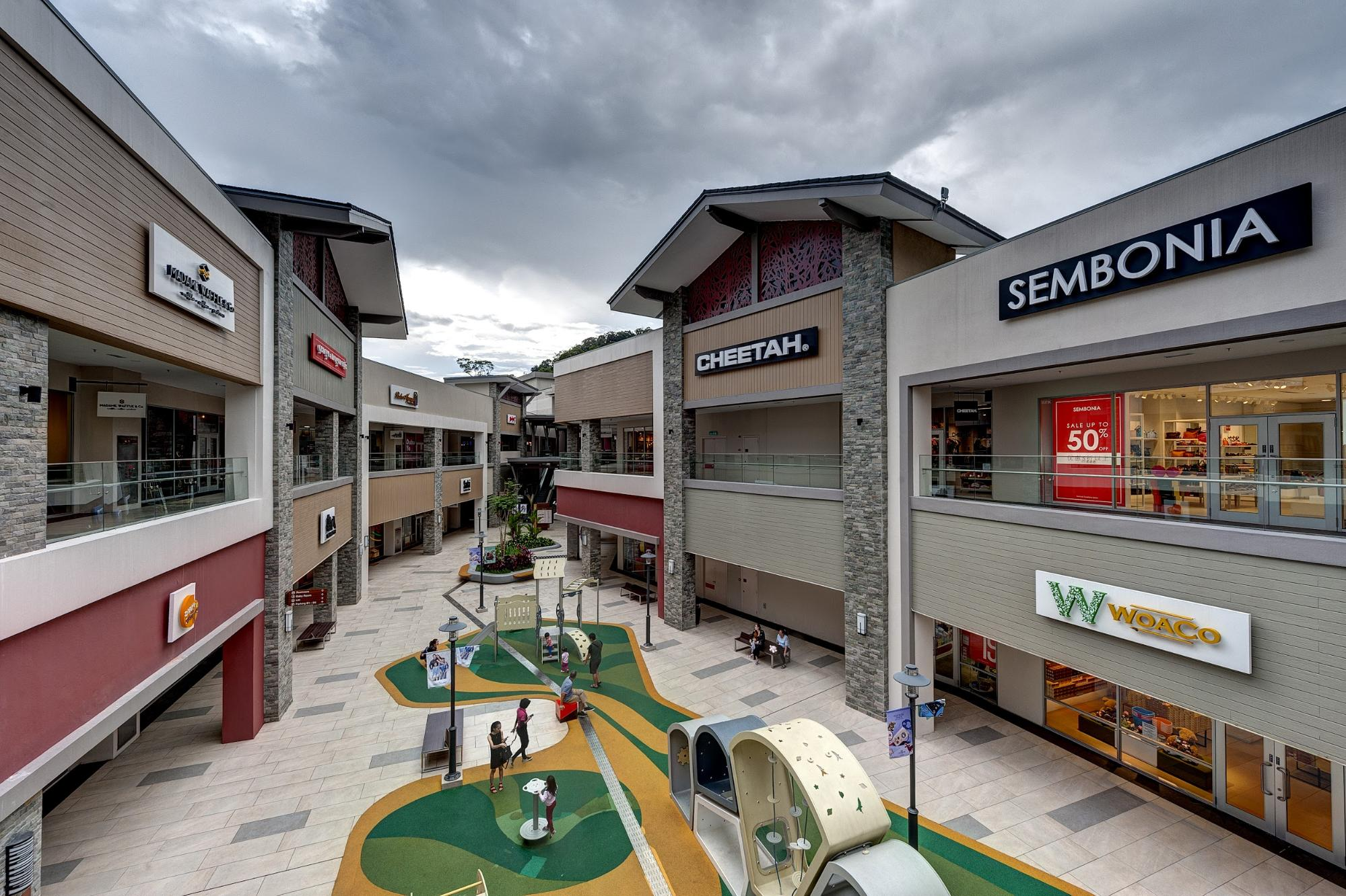 3b15fcb7f0 The 5 Shopping Destinations You Do Not Want to Miss! - Resorts World